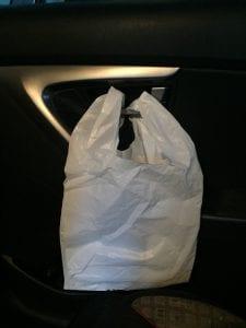 bolsa en el carro